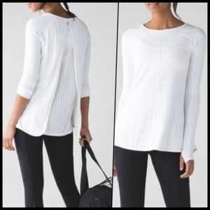 Lululemon Making Moves Long Sleeve White NWOT 4